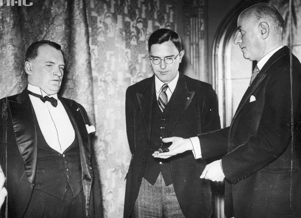 Alekhine - Euwe World Championship Rematch 1937 - Chessentials